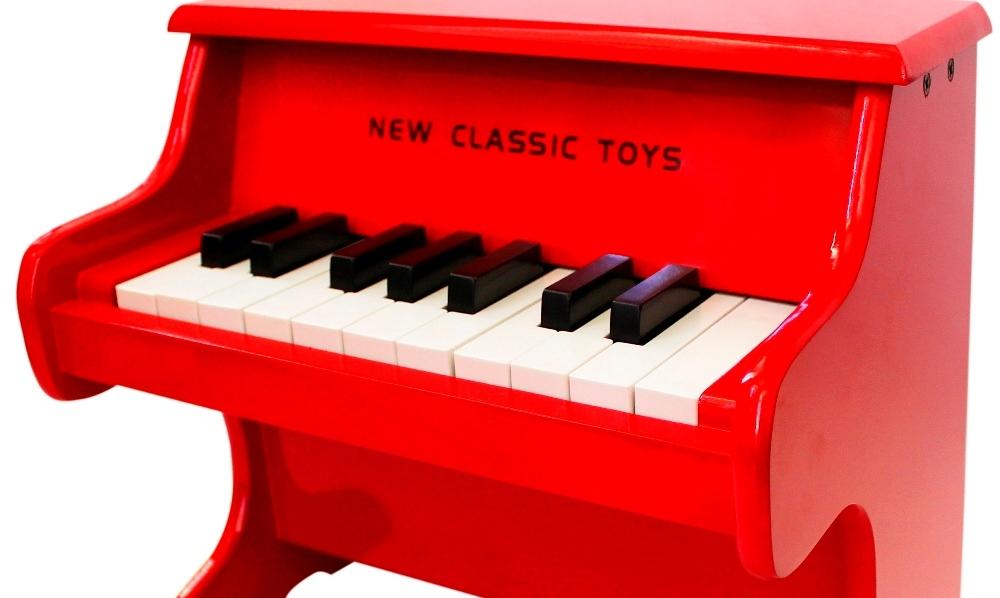 New Classic Toys Piano; ook het grootste talent is klein begonnen!
